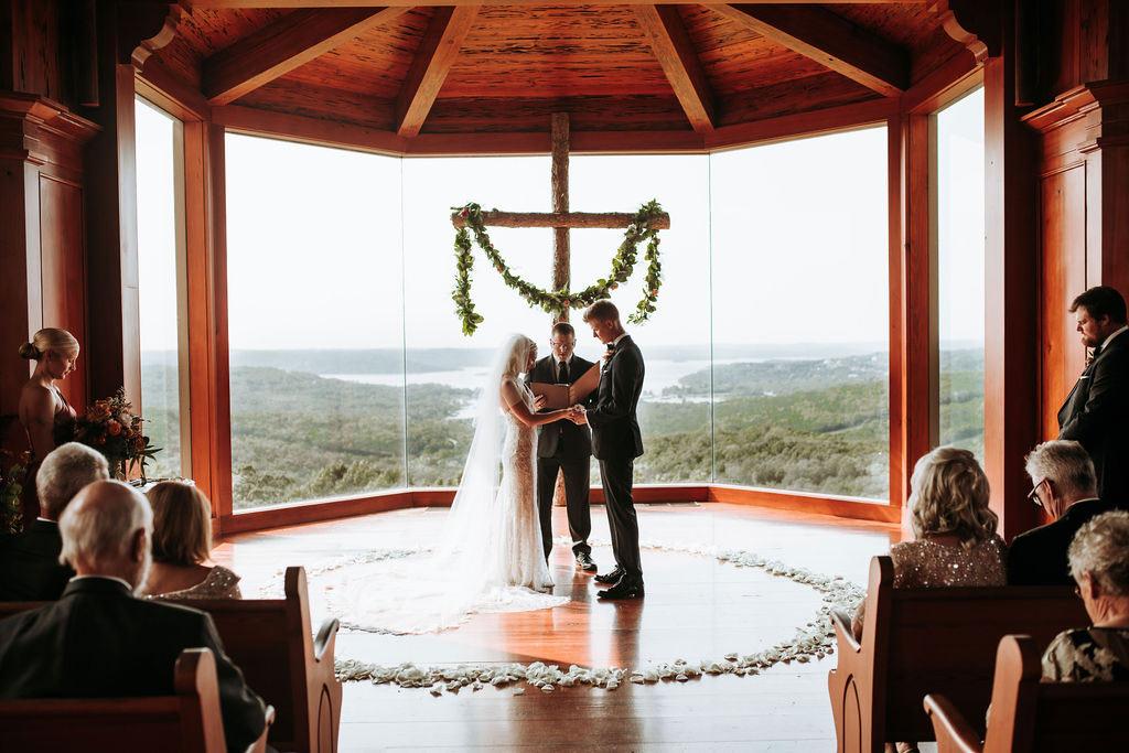 Intimate wedding at Big Cedar Lodge