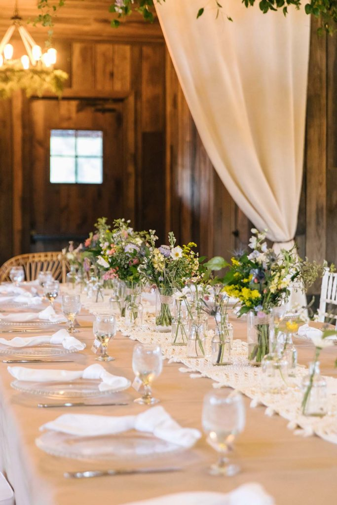 Head table details for a wildflower wedding
